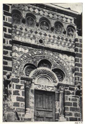 http://college.jeanmoulin.free.fr/Avignon/Moyen-Age/vie%20religieuse/images/art%20roman3.JPG